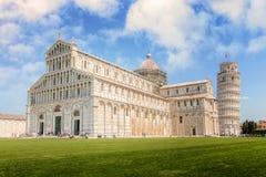 Katedra z Oparty wierza w piazza dei Miracoli Zdjęcie Stock