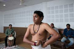 Kathakali klassisk indisk danskurs i konstcollage i Indien royaltyfri foto