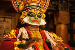 Kathakali performer applying face make-up Stock Photography