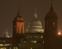 Kathedraal bij nacht Royalty-vrije Stock Foto