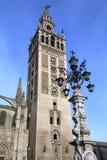Kathedraal en Giralda - Sevilla - Andalusia - Spanje Royalty-vrije Stock Fotografie
