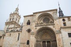 Kathedraal en klokketoren van Gr Burgo DE Osma stock fotografie