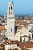 Kathedraal en Luchtmening van Verona - Italië Royalty-vrije Stock Foto's