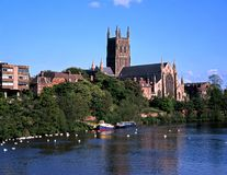 Kathedraal en Rivier Severn, Worcester. Stock Afbeeldingen