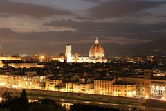Kathedraal in Florence Italy bij nacht Stock Afbeeldingen