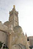 Kathedraal notre-dame-DE-La-Garde in Marseille stock foto's