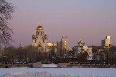 Kathedraal op het Bloed bij nacht, Yekaterinburg Stock Foto