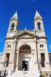 Kathedraal` s voorgevel Stock Afbeeldingen