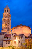 Kathedraal in Spleet bij schemer, Kroatië Stock Foto's
