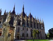Kathedraal st Barbara en standbeeld royalty-vrije stock foto's