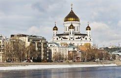 Kathedraal van Christus de Verlosser in Moskou in de winter royalty-vrije stock foto