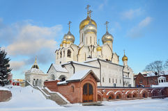 Kathedraal van de Geboorte van Christus van heilige maagdelijke Mary in Zachatievsky-klooster in Moskou stock foto