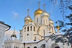 Kathedraal van de Geboorte van Christus van heilige maagdelijke Mary in Zachatievsky-klooster in Moskou, Tussia Royalty-vrije Stock Foto