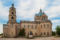 Kathedraal van de Heilige Drievuldigheid in de stad van gus-Ijzer Royalty-vrije Stock Afbeeldingen