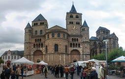 Kathedraal van heilige peter in Trier Stock Foto's