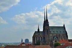 Kathedraal van Heiligen Peter en Paul in Brno, Zuid-Moravië, Czechia Stock Foto's