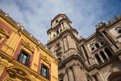 Kathedraal van Malaga, Spanje De oude gezichten van steenmuren royalty-vrije stock foto's
