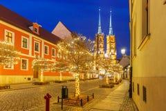 Kathedraal van St John bij nacht in Wroclaw, Polen Stock Foto's