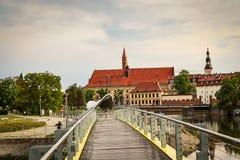 Kathedraal van St John Doopsgezind op het eiland van Ostrow Tumski in Wroclaw stock foto