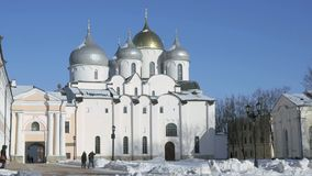 Kathedraal van St Sophia in Veliky Novgorod stock videobeelden