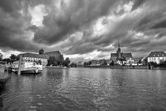 Kathedraaleiland in Wroclaw Polen met mening van St John de Doopsgezinde schilderachtige panorama middeleeuwse stad Rebecca 36 royalty-vrije stock foto