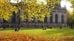 Kathedraaltuinen, Birmingham, Engeland stock afbeelding