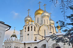 Kathedrale der Geburt Christi der gesegneten Jungfrau Maria in Zachatievsky-Kloster in Moskau, Tussia Lizenzfreies Stockfoto