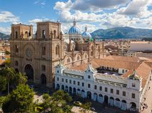 Kathedrale der Vogelperspektive Cuenca der Unbefleckten Empfängnis lizenzfreies stockbild