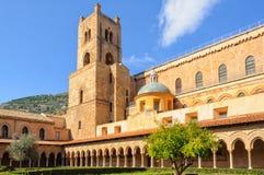 Kathedrale fotografiert von der Abtei - Monreale Stockfoto