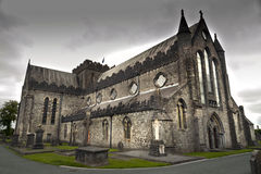 Kathedrale St. Canices und runder Turm in Kilkenny Stockbild