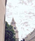 Kathedrale St. Paul's an einem rosa Tag Lizenzfreies Stockbild