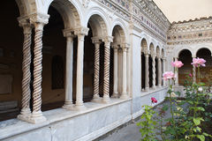 Kathedrale St Paul aus den Wänden Rom heraus Stockbild