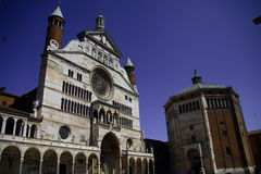 Kathedrale und Baptistery Cremona Lizenzfreies Stockbild