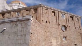 Kathedrale von Cadiz in Spanien stock video
