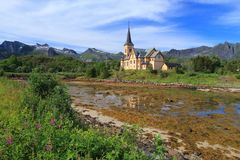 Kathedrale von Lofoten lizenzfreies stockfoto