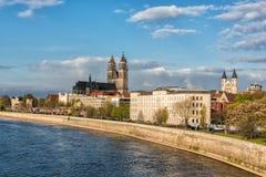 Kathedrale von Magdeburg auf dem Fluss Elbe, Sachsen, Deutschland Stockbild