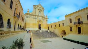 Kathedralen-Quadrat in Cittadella IL Castello von Rabat, Victoria, Malta stock video footage