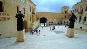 Kathedralen-Quadrat in Cittadella, Victoria, Malta stock video
