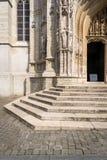 Kathedralen-Schritte in Brüssel stockfoto