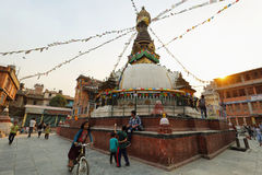 KatheSimbhu Stupa i Katmandu, Nepal Arkivfoton