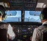 KATHMANDU/NEPAL - 2015年10月18日:飞机 图库摄影