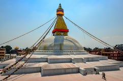 KATHMANDU, NEPAL - 18 2013 Kwiecień: Buddyjskiej świątyni Boudanath stupa, Kathmandu, Nepal zdjęcia royalty free