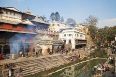 kathmandu nepal pashupatinathtempel Arkivfoton