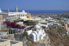 Katholieke kathedraal in Santorini stock afbeelding