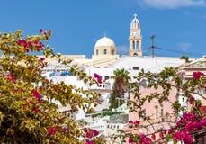 Katholieke Kathedraal in Thira, Santorini-eiland, Griekenland royalty-vrije stock afbeeldingen