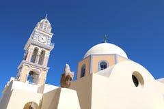 Katholieke Kerk van Heilige Stylianos in Thira op Santorini-eiland stock foto's