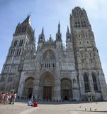 Katholische Kathedrale in der Stadt von Rouen stockbilder
