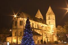 Katholische Kirche am christmastime in Budapest Lizenzfreie Stockbilder