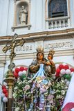 Katholische Prozession zu Ehren unserer Dame Achiropita stockfoto