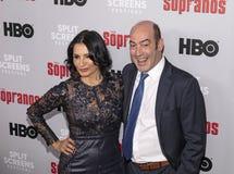 Kathrine Narducci & John Ventimiglia na reunião dos sopranos imagem de stock royalty free